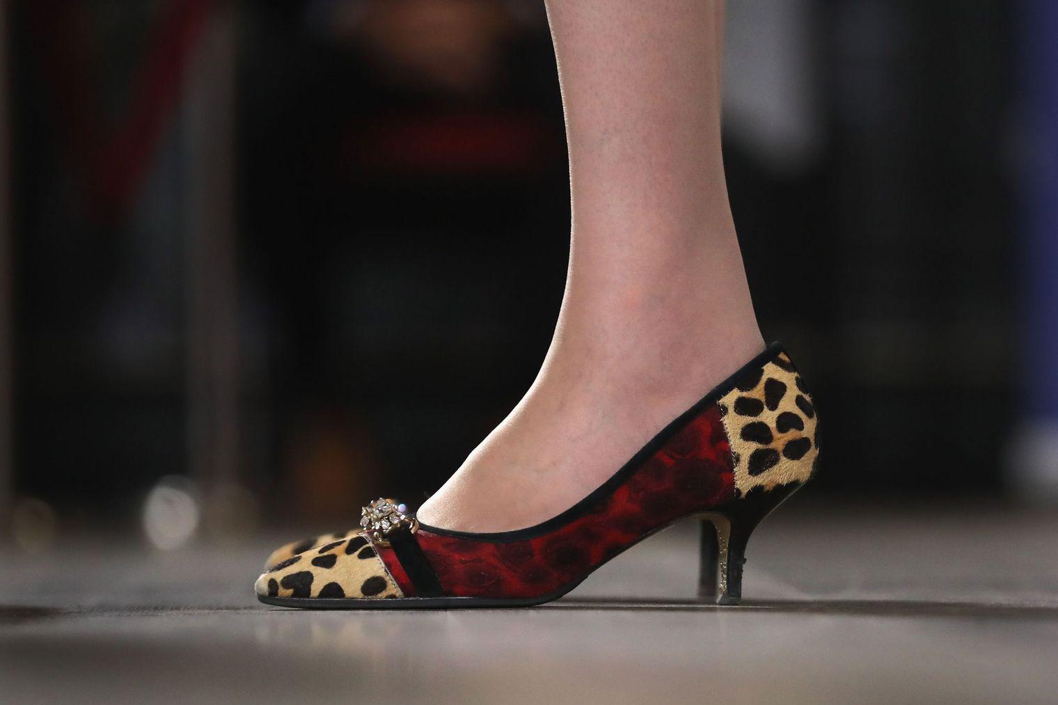 Theresa May, la nouvelle Première ministre britannique se remarque par ses chaussures