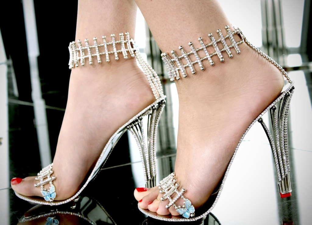 stilettos-princess-constellation-de-house-of-borgezie